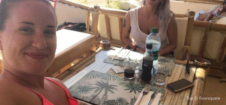 Palm beach restaurant Sal Cabo Verde Santa Maria1