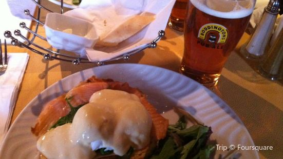 FiddleHeads Bar and Grill