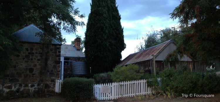 Blundells' Cottage2