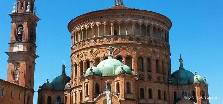 Basilica Santa Maria della Croce2