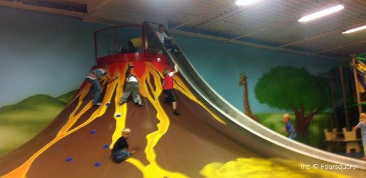 Leo's Playland2