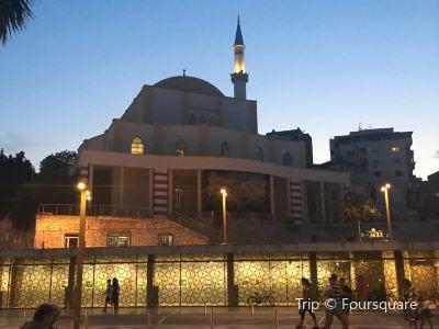 Xhamia E Madhe