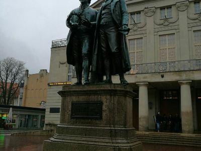 歌德和席勒塑像