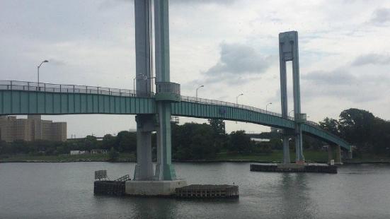 East River Waterfront Esplanade