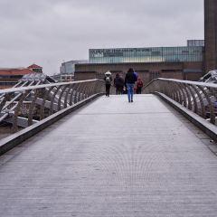 Millennium Bridge User Photo