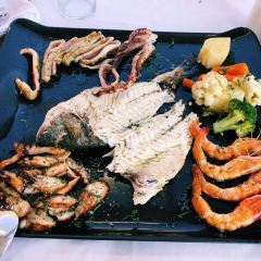 Ammoudi Fish Tavern User Photo