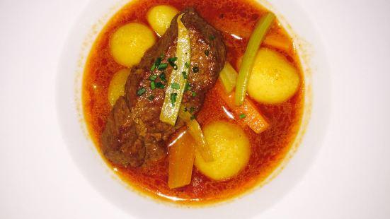 Gellert Sorozo & Brasserie
