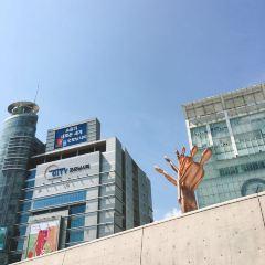 Dongdaemun Design Plaza User Photo