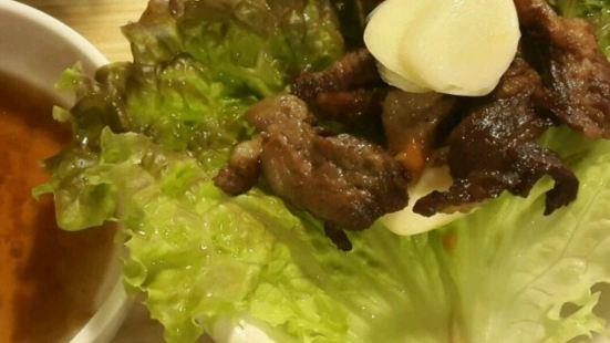 心動烤肉(弘大店)