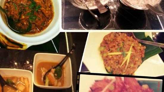 Tulasi Vegetarian Restaurant & Cafe