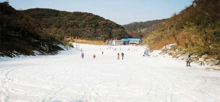 天室山滑雪場2