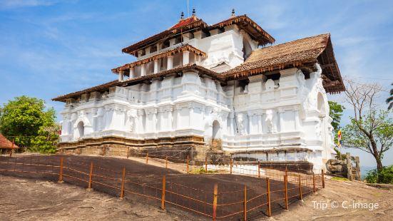 蘭卡提拉卡寺