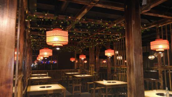 春潤樓蘭椰子雞餐廳