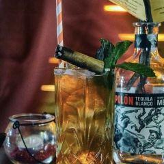 HELIUM Cocktail Bar User Photo
