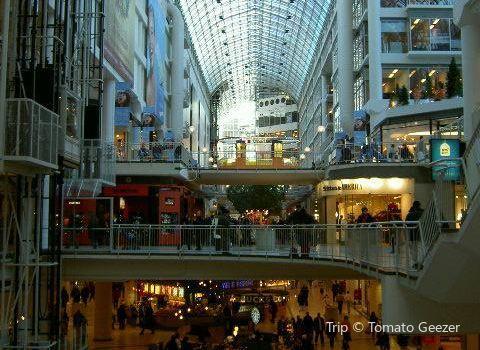 CF Toronto Eaton Centre2