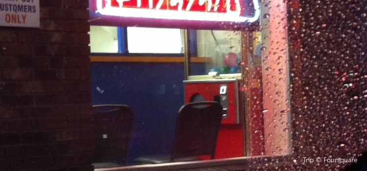 Dino's Pizzeria
