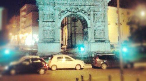 Arco di Traiano (114 d. C.)