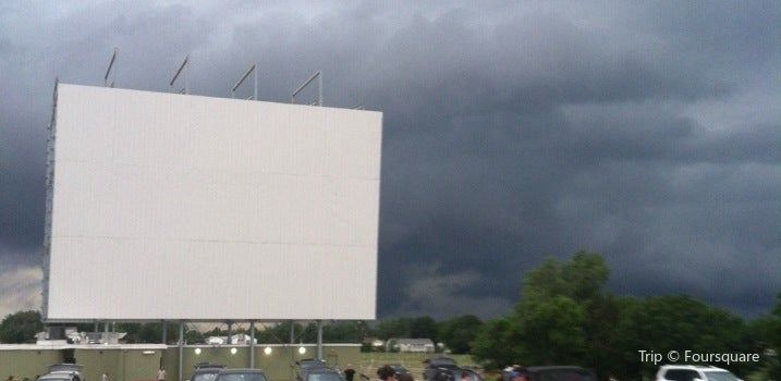 Admiral Twin Drive-In1