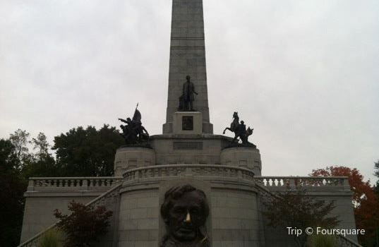 Lincoln Tomb & War Memorials1