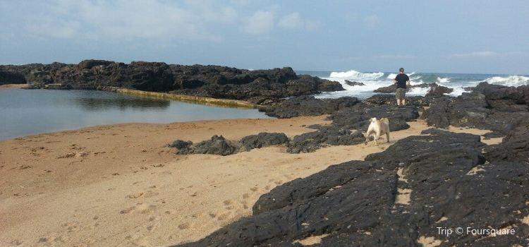Tweni Beach2