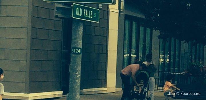 Old Falls Street3