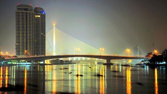 Phra Pin-klao Bridge