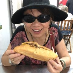 Banh Mi Phuong User Photo