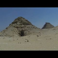 Pyramid of Userkaf 여행 사진