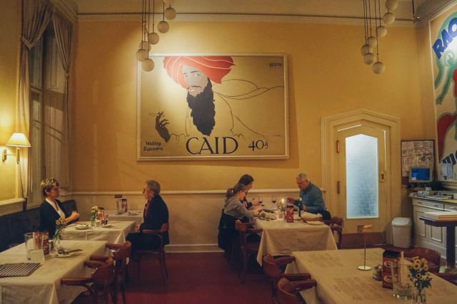 小資情調,在布拉格的咖啡館裡度過一個浪漫午後