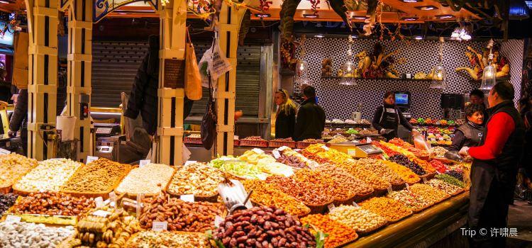 波蓋利亞市場3