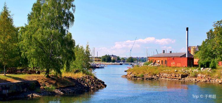 Suomenlinna1