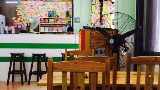 超人氣奶茶店