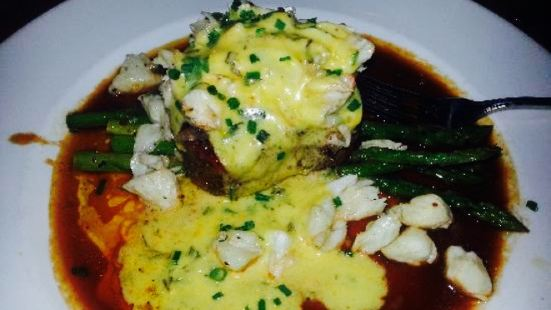Chester's Chophouse and Wine Bar