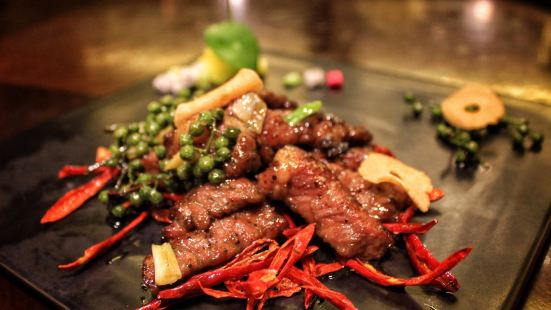 實力希爾頓酒店香·全日制餐廳SPICES · ALL DAY DINING