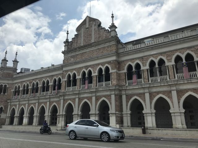 술탄 압둘 사마드 빌딩