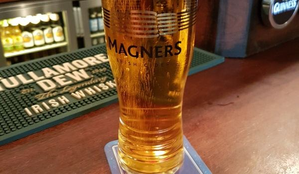 Shamrock Irish Pub1