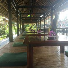 Cafe Lotus User Photo