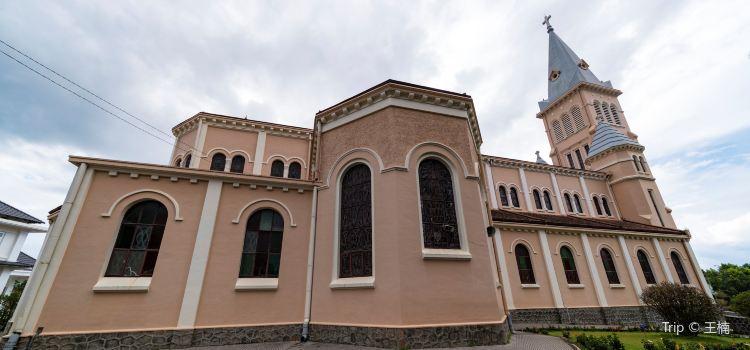 Dalat Cathedral1