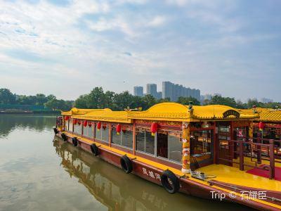 鳳城河畫舫遊船