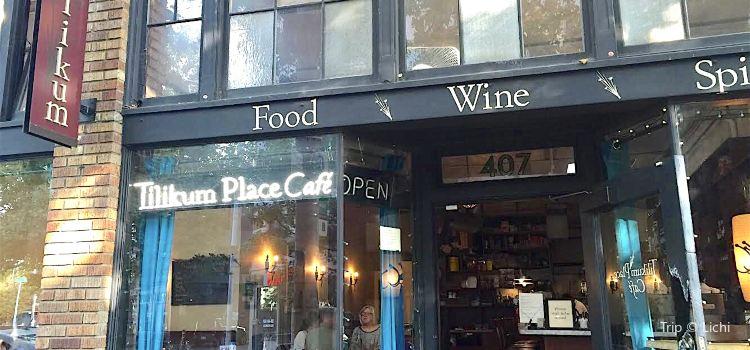 Tilikum Place Cafe1