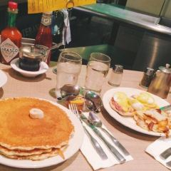 Lou Mitchell's Restaurant & Bakery用戶圖片