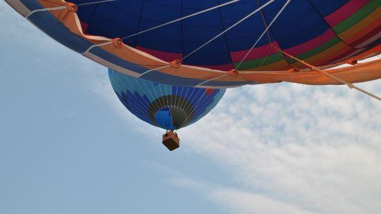 浙江安吉熱氣球自由飛行