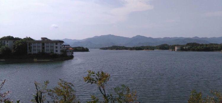Lushui Lake Scenic Spot3