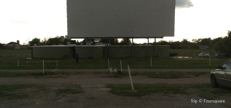 Admiral Twin Drive-In3