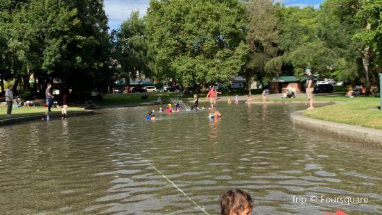 Green Lake Wading Pool