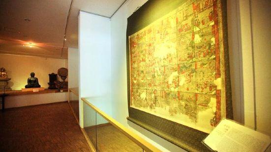 한국미술박물관