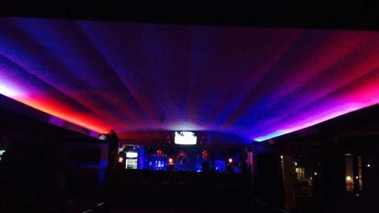 Paradise Cafe and Bar