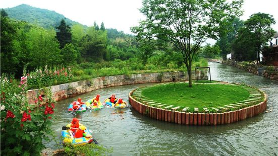 Bamboo Sea Rafting