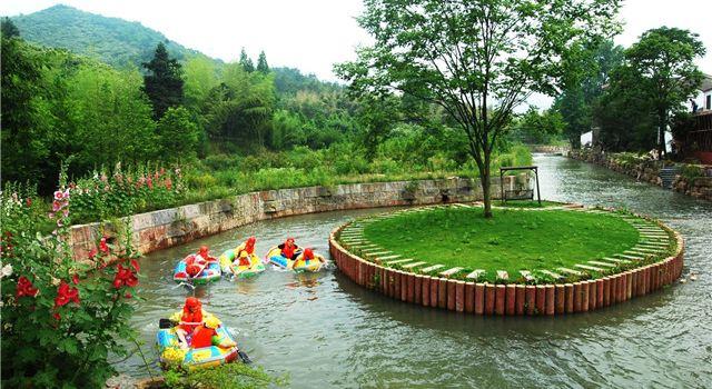 Bamboo Sea Rafting
