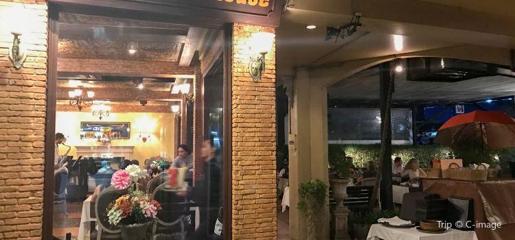 Horn Grill Steakhouse3